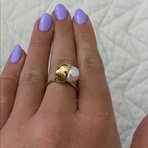 Pearl and Skull Ring